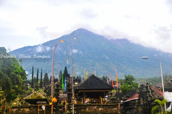 Pura Besakih- O templo mãe com o monte Agung ao fundo