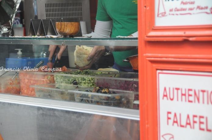 O MARAIS é o reduto do judeus em Paris, lá também você encontra os famosos falafel, comida típica judaica.